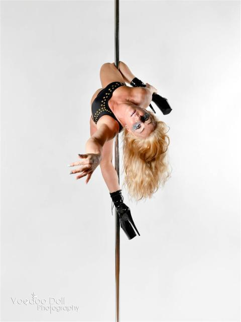 Voodoo Doll Photography, Samantha Walsh Pole Fitness, Pole Instructor Burnley, Pole Instructor Lancashire, Pole Dance